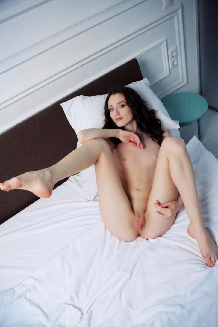 Pretty tiny titted Zsanett Tormay