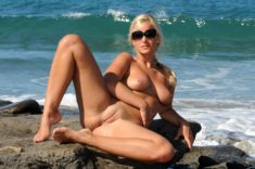 Nudist blonde babe