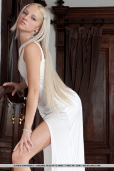 Perfect blonde beauty Alysha A