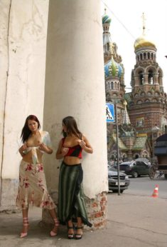 Young sluts flashing their tits at the Red Square, Moscow