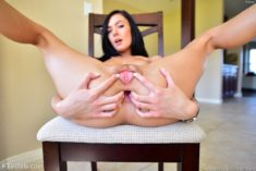 Marley Brinx stretching out her asshole