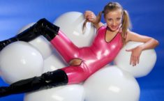 Latex teen
