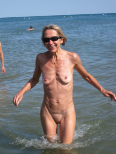 Mature woman with an amazingly firm body