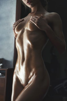 Perfect oiled body