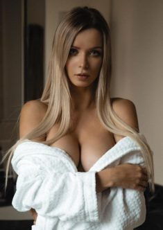 Ellena Diva escort girl in Amsterdam