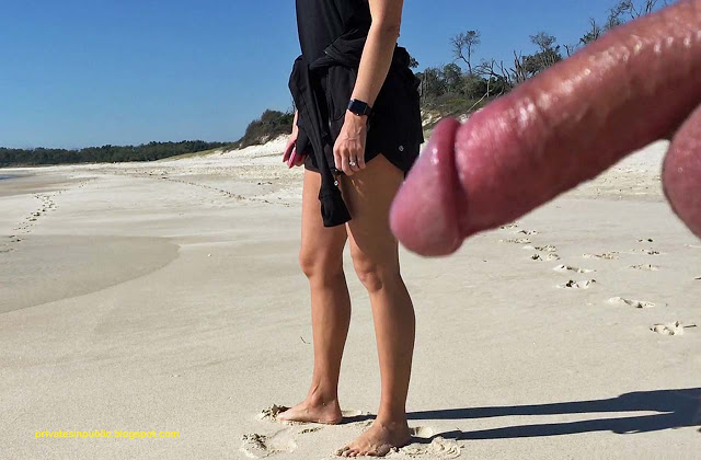 Privates in Public: Beach Exhibitionism Tuesday – Two-way Chat with a Cockringed Guy