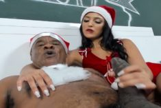 Julia Mattos – Taking Care of the Black Dick