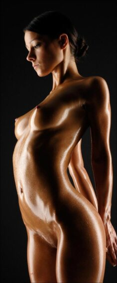 Wonderful oiled body