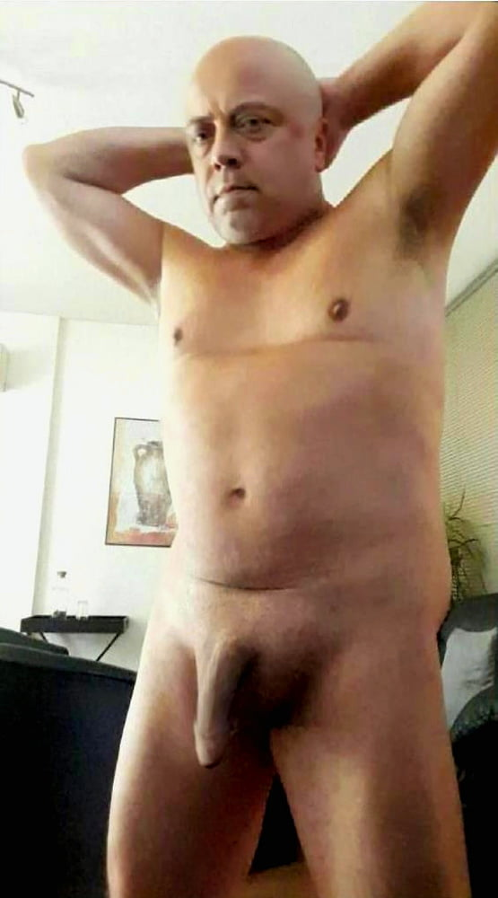 Hot daddy fag exposed full frontal naked fat dick